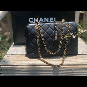 Chanel✨Black Caviar Grand Shopping Tote chain link